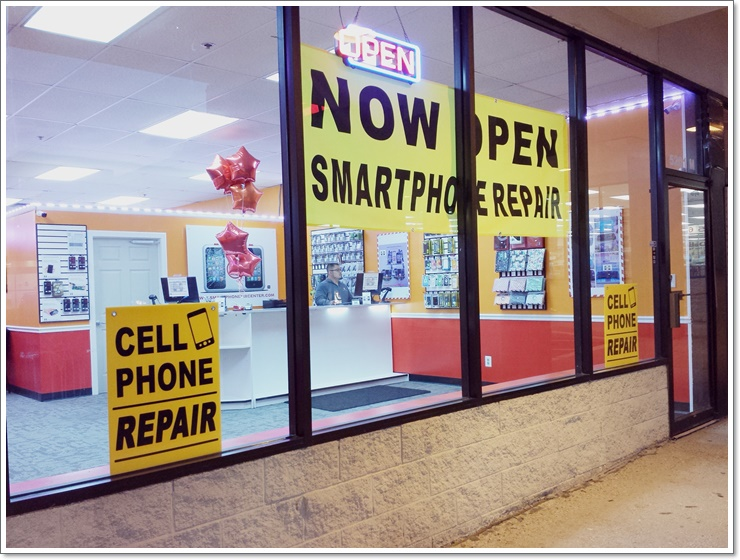 src racine store front - Copy